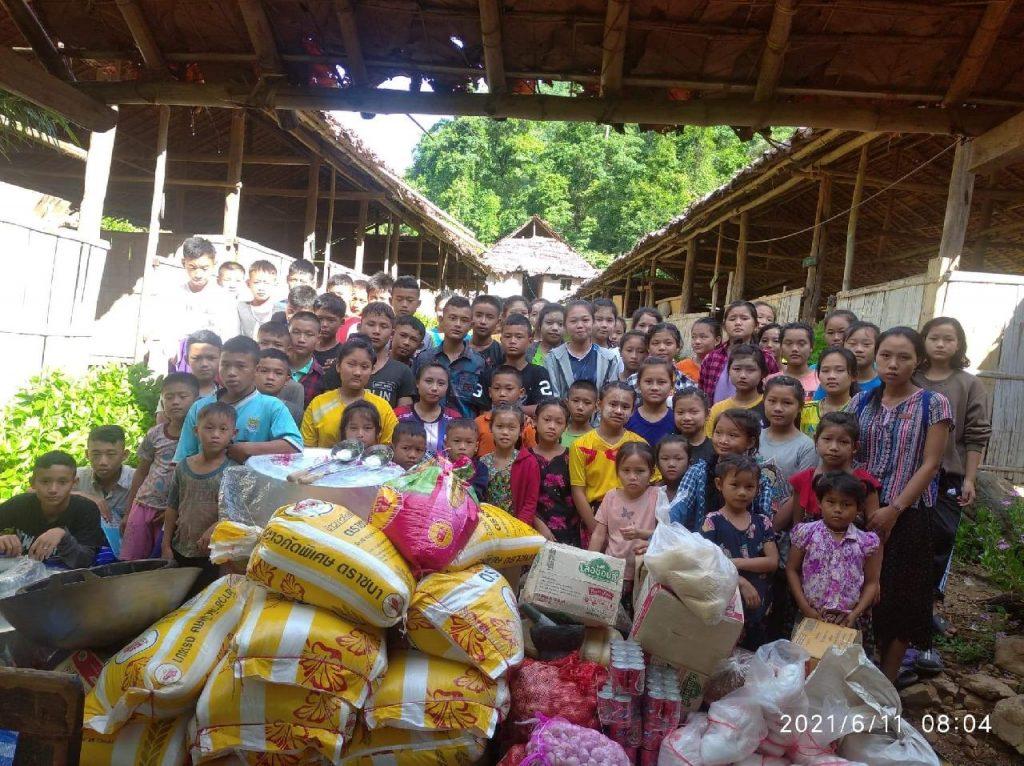 Aid recipients in Myanmar